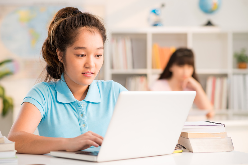 Online English Classes for Secondary School Children